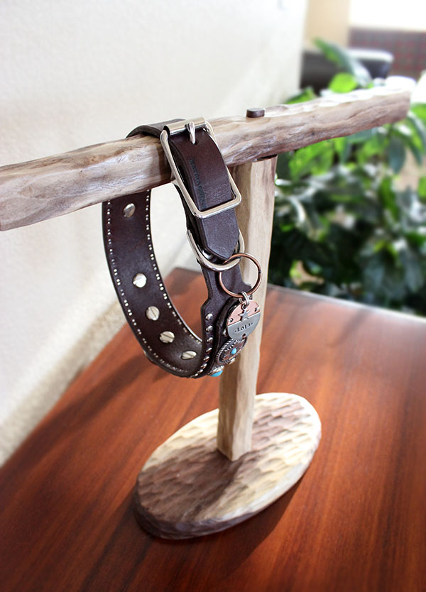 Dog Collar Stand by Lolathepitty.com   https://www.etsy.com/listing/225160167/dog-collar-stand?ref=shop_home_active_1