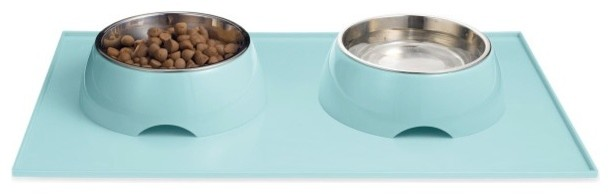 Pet bowls and feeding mat - 9 essential dog products