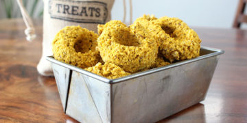 Simple, healthy. Pumpkin Flax Seed Dog Biscuit Recipe - Lolathepitty.com
